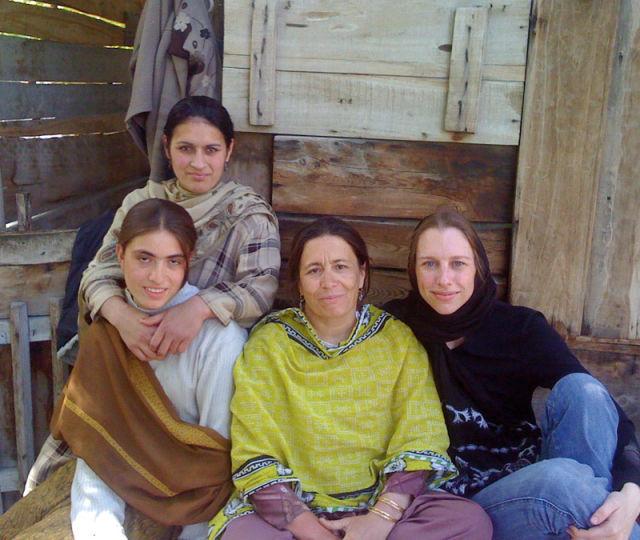Amanda padoan in pakistan ysfbbh