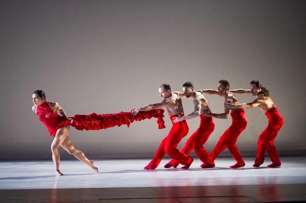Ballet hispanico nle5cw