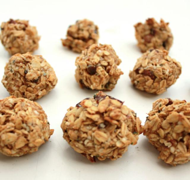 Miso tahini oat balls super strength health 3 1024x682 xridol