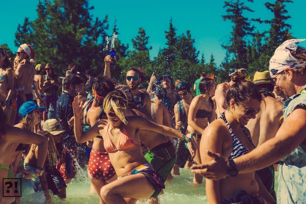 Splash party 1024x683 ktikhl