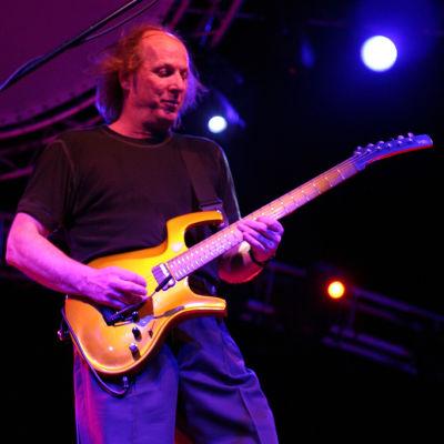 Adrian belew  2006   01  aafczr