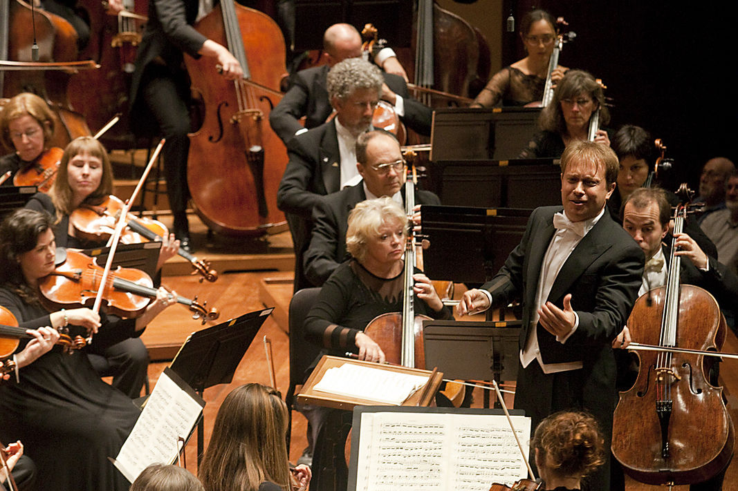 Ludovic morlot and the seattle symphony  c  ben vanhouten euccfe