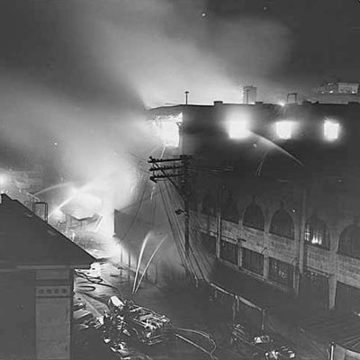 Pike place market fire 1941 uxxsd4