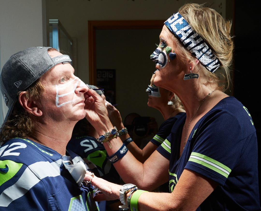 Seahawks Superfans In Photos Seattle Met