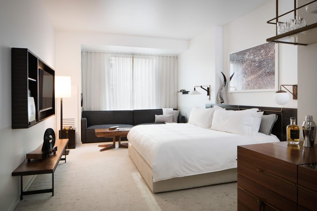 Halcyon guest room ytsvrb