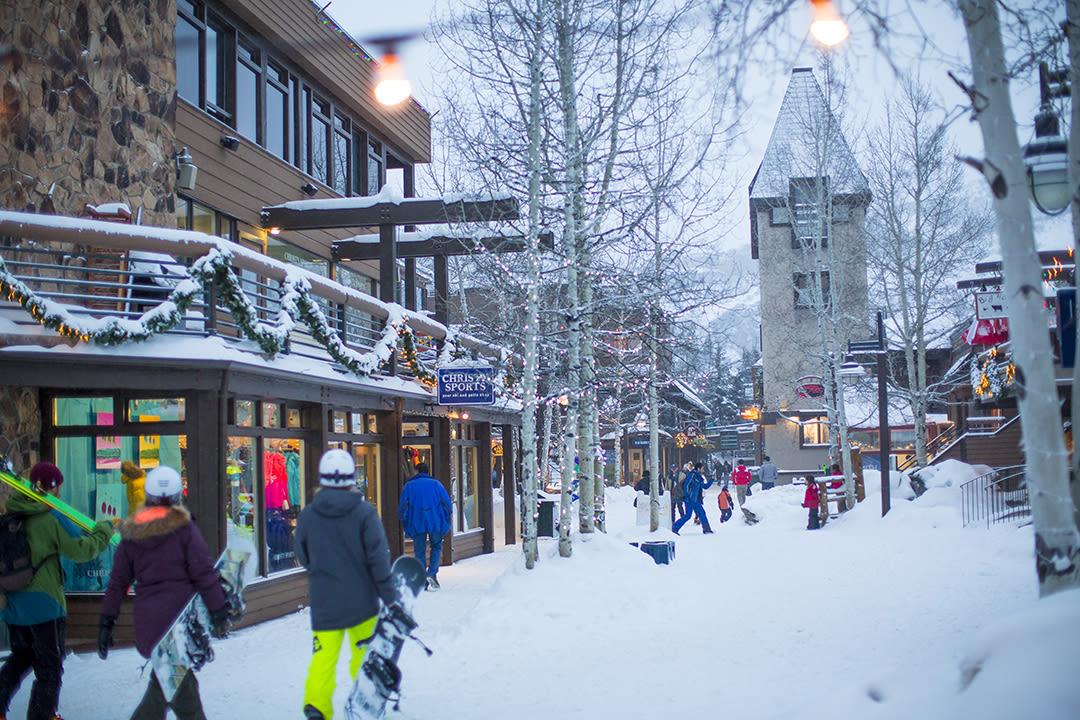 Snowmass mall hw16 998284 noexpsmall qtxc4w