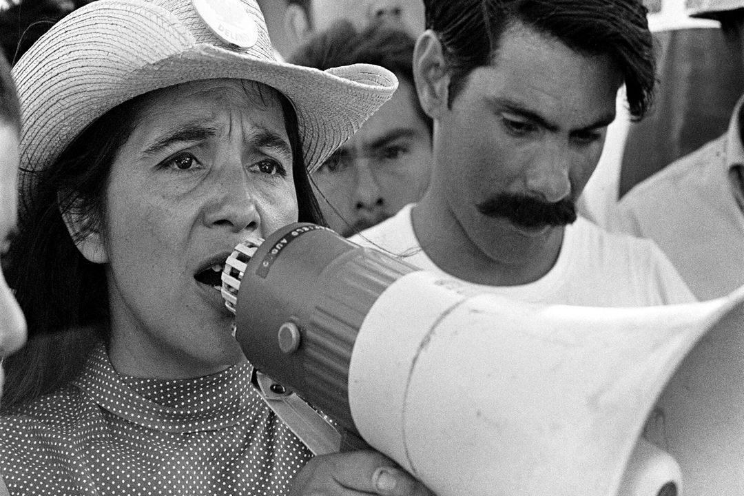 1   united farm workers leader dolores huerta organizing marchers on the 2nd day of march coachella in coachella  ca 1969.   1976 george ballis   take stock   the image works l3g0qn