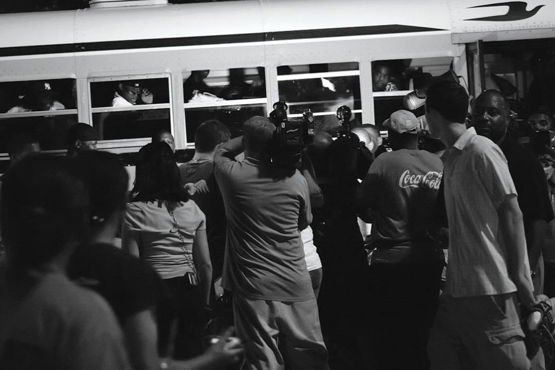 0915 katrina horner media bus astrodome dvzakt