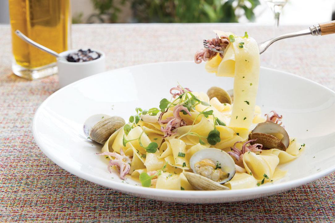 1015 best new restaurants cover peska gzm8xu