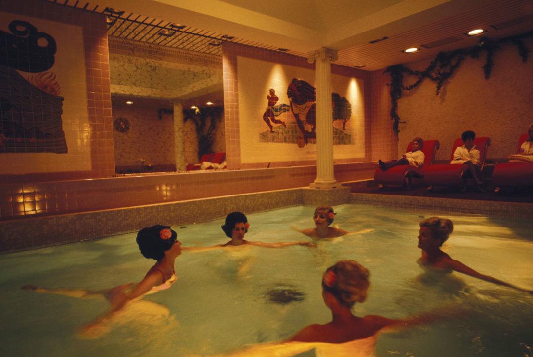 0715 history bathing beauties houston spa ms9ke4