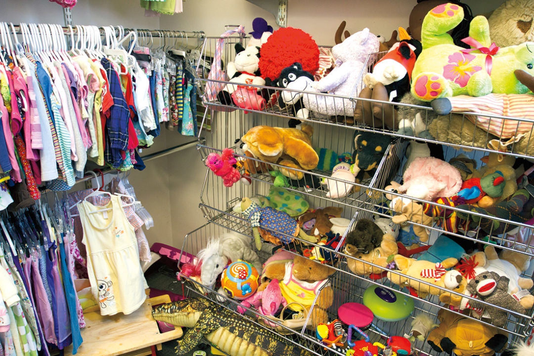 1114 thrift store toys toybqw