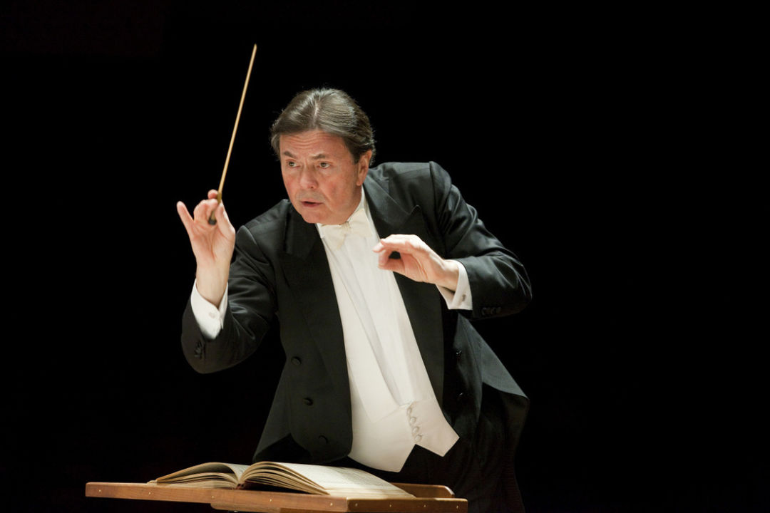 Sarasota Orchestra Welcomes Guest Conductors for the Coming
