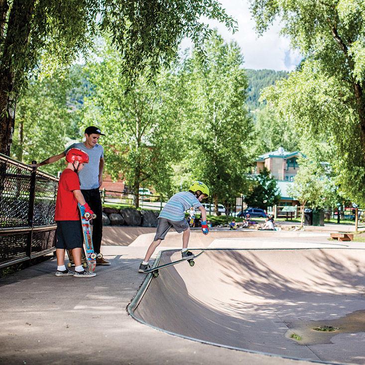 0715 skaters delight skate park o0y9u3