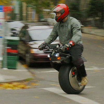 Chris hoffmann rides one wheeled motorcycle fatmoe