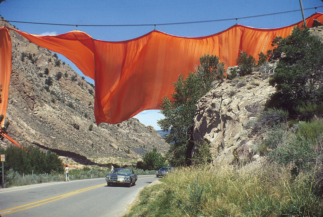 0213 avant garde christo valley curtain bfhd1y