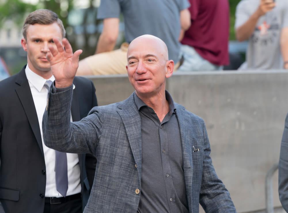 Jeff Bezos waving