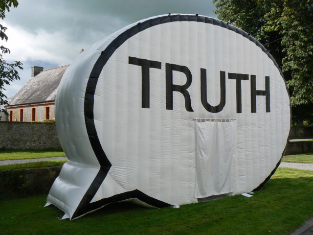 Truth booth farb4r