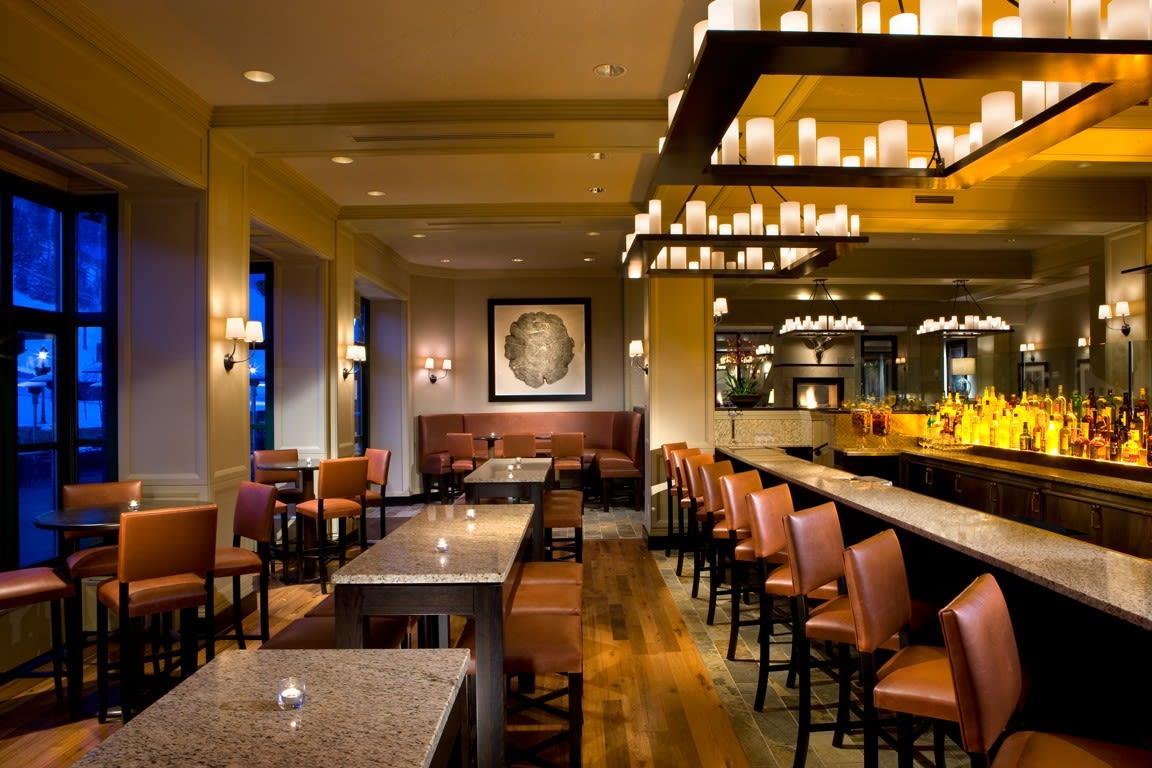 8100 Mountainside Bar Amp Grill Restaurants Vail
