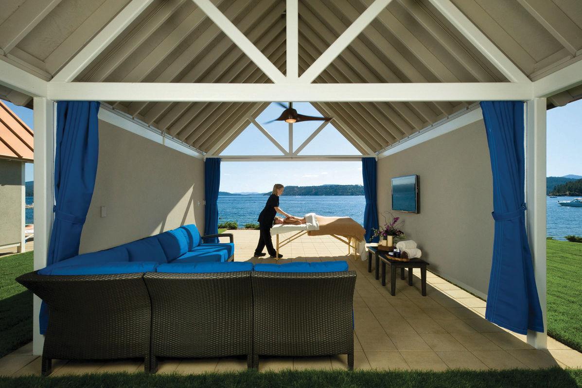 Infinity pool   private cabana massage dvzdw9