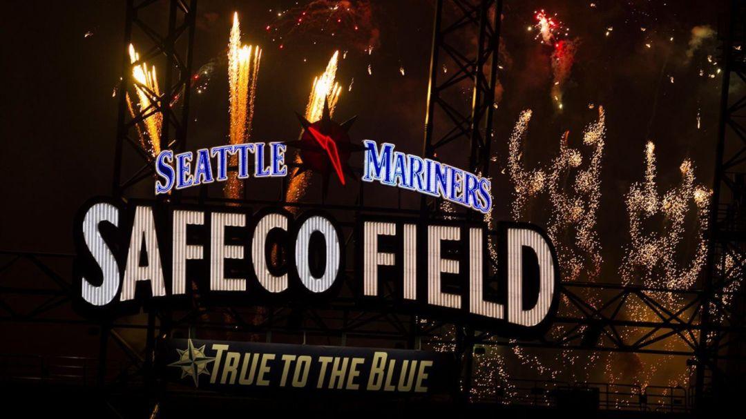 Mariners fireworks liuiht
