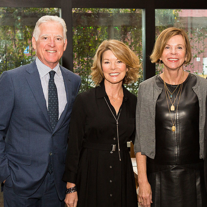 Cli tasting dinner event chairs lisa and dana roy and dr. susan landry and bart moore ikr9jb