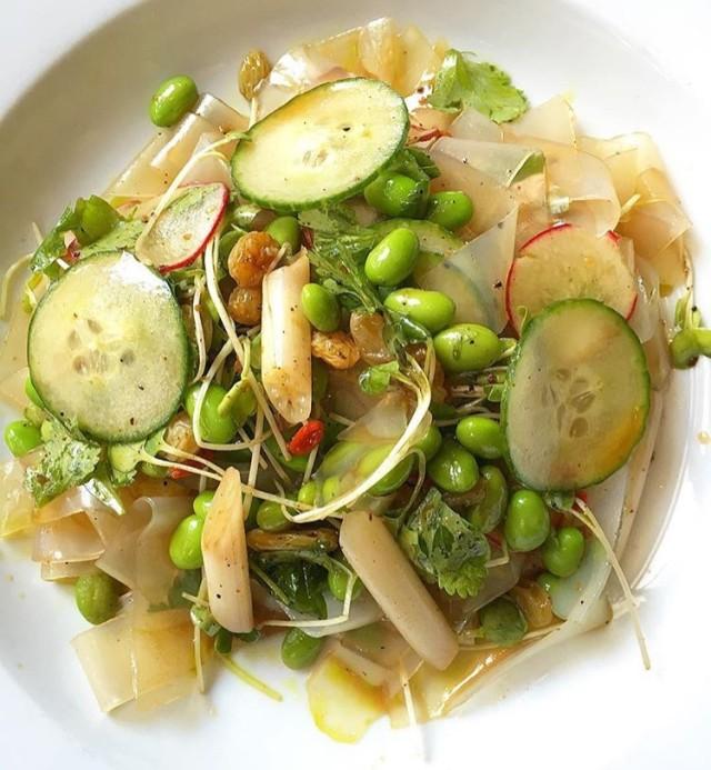 Straits salad xrfy8r