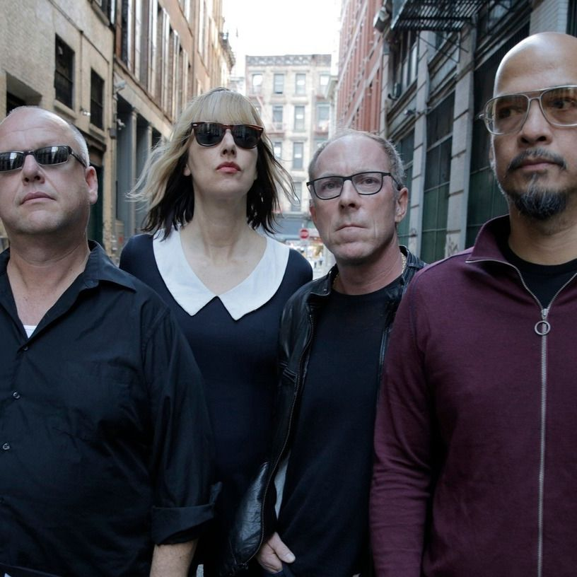 Pixies deir2z