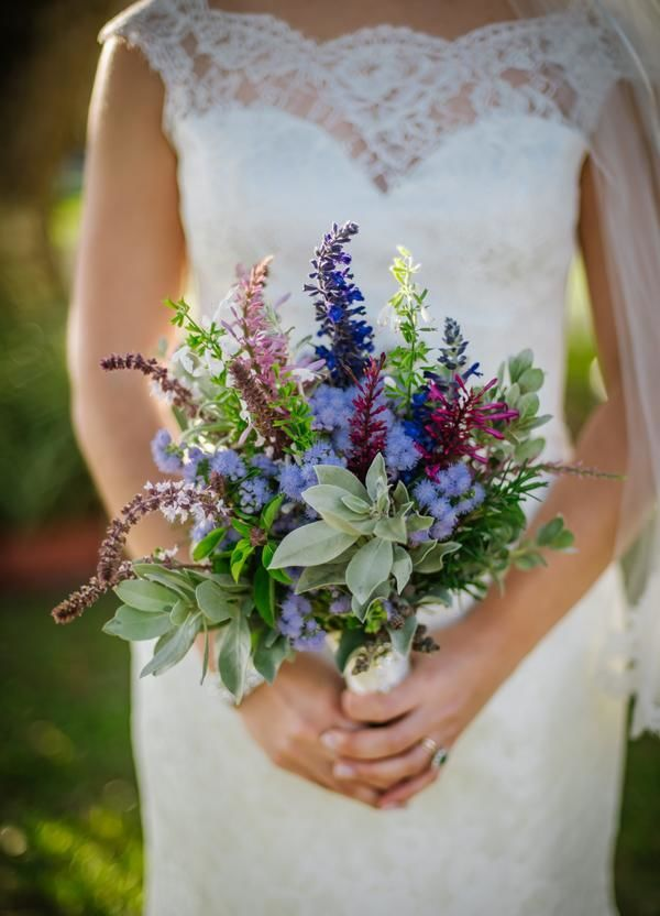 Wildflowers Offer An Alternative To Traditional Wedding Bouquets