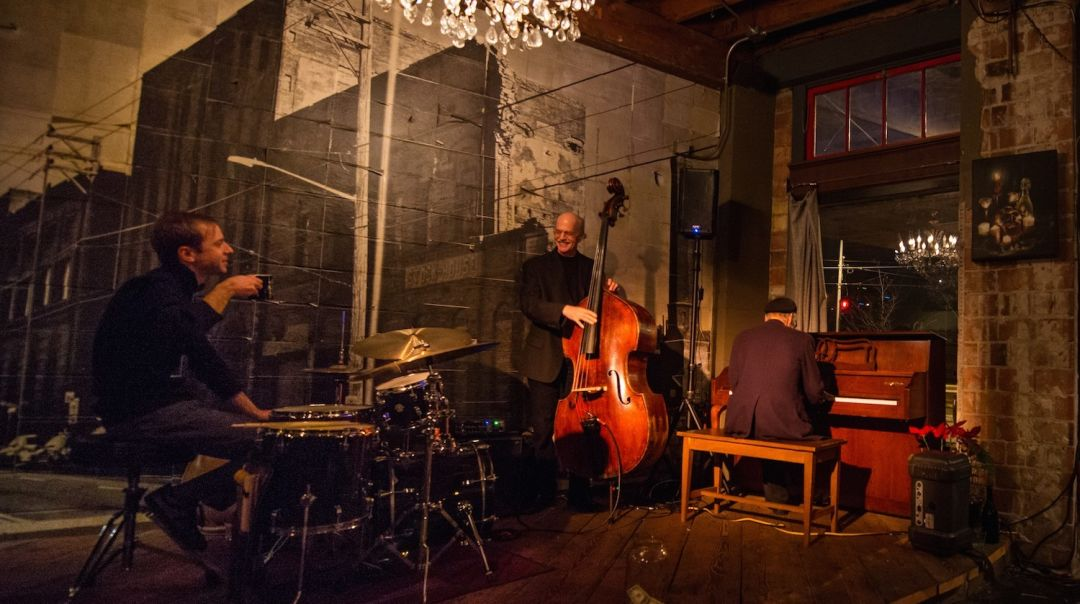 Seattle Restaurants With Live Music Seattle Met