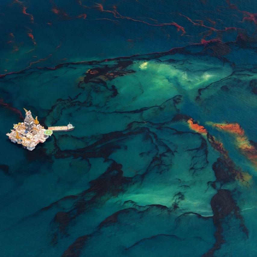 Beltra 20100518 oil spill 2300 aka spill4 ygiotq