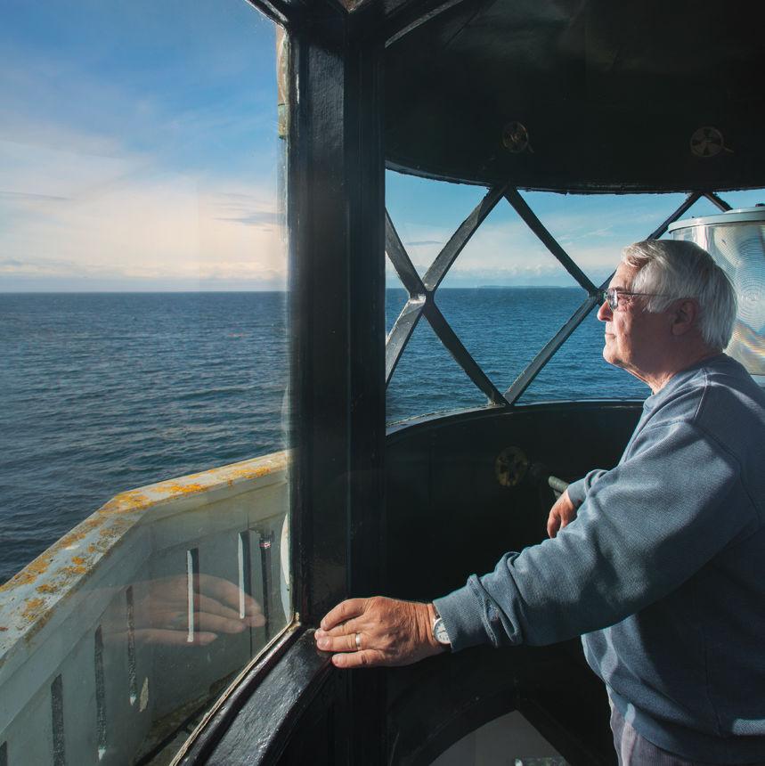 Bob otis whale watcher rvartj