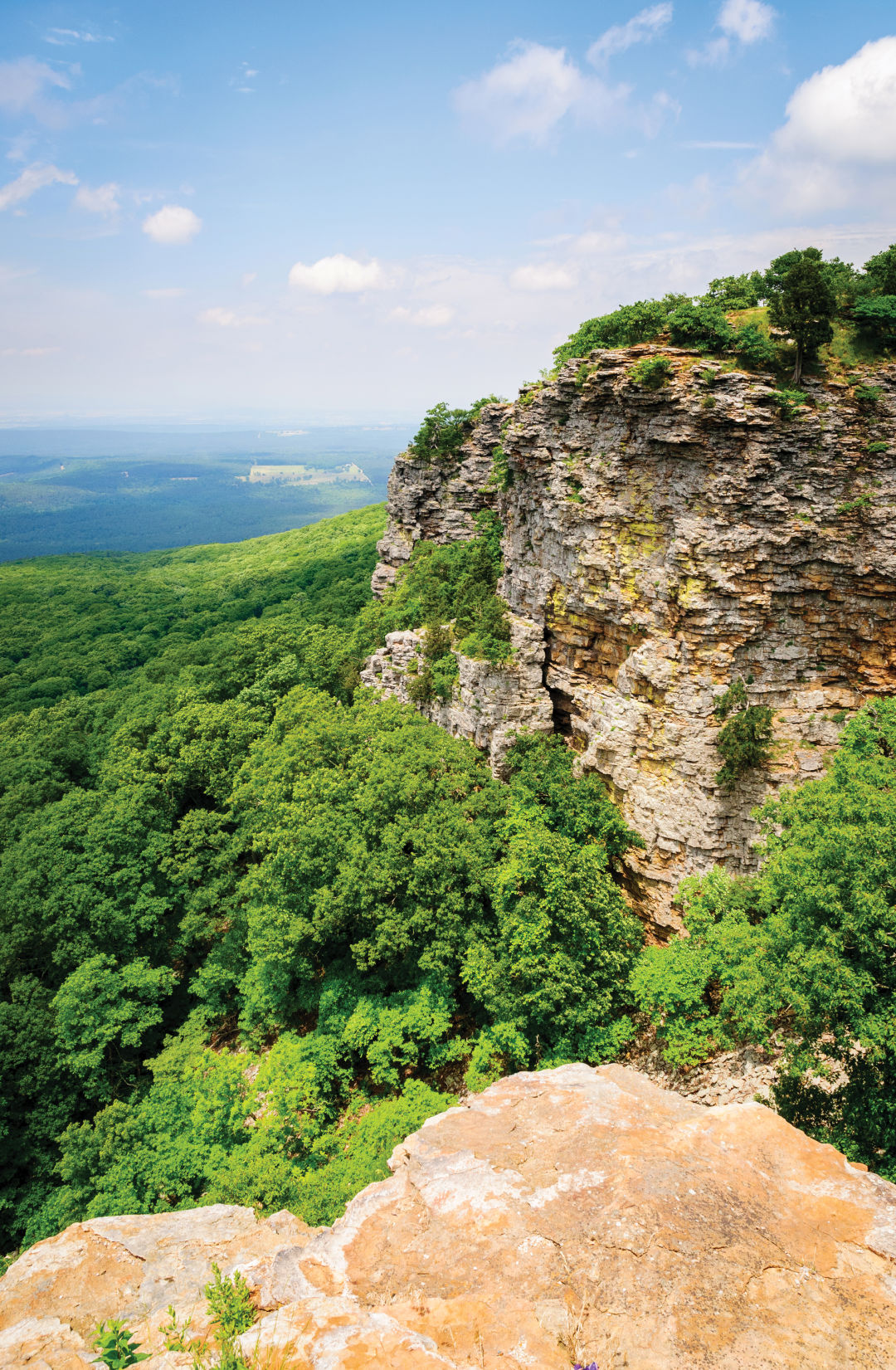 0717 mountain getaways mount magazine arkansas zuwltj