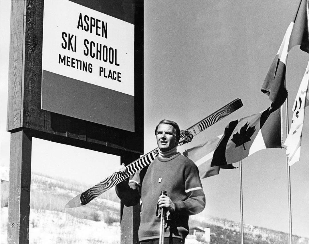0215 breaking trail ski school w7j3cx