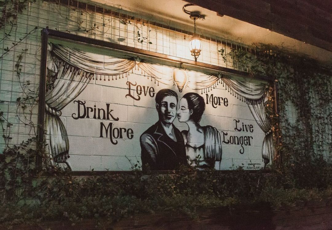 Back mural jonn1n