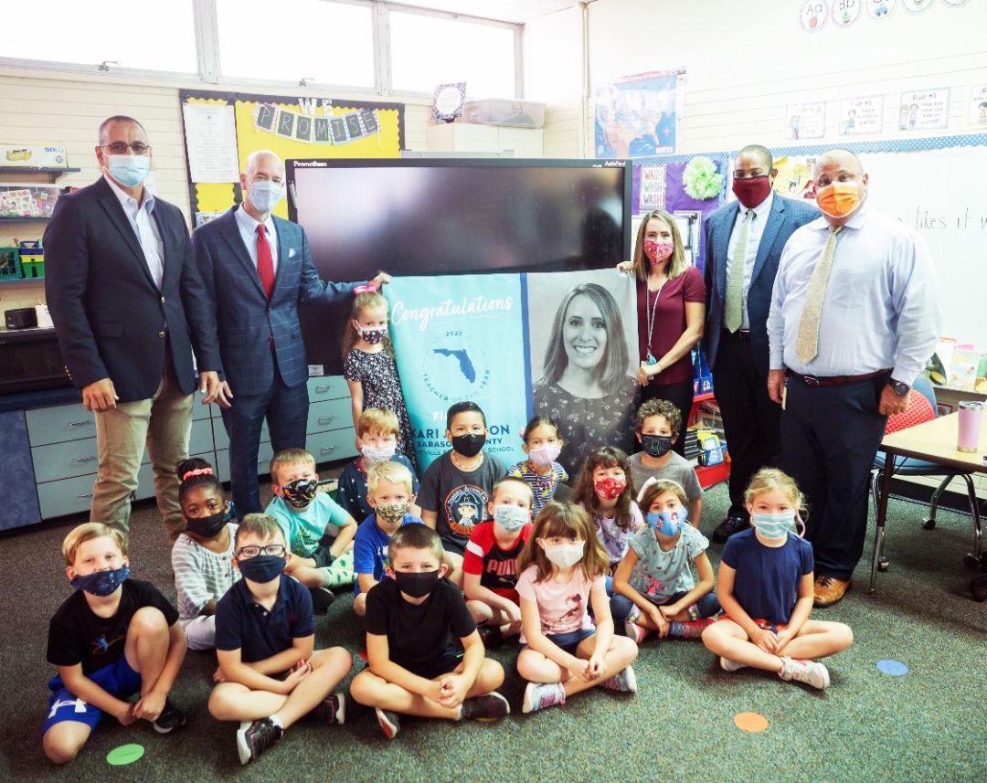 Fruitville Elementary School teacher Kari Johnson is a 2022 Florida Teacher of the Year finalist.