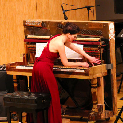 Jennifer wright skeleton piano 3 ro3d5w