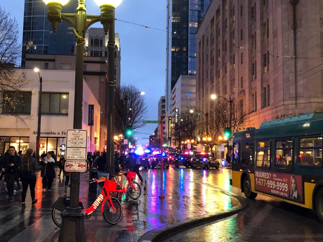 Downtown Shootings Shake Seattle Seattle Met