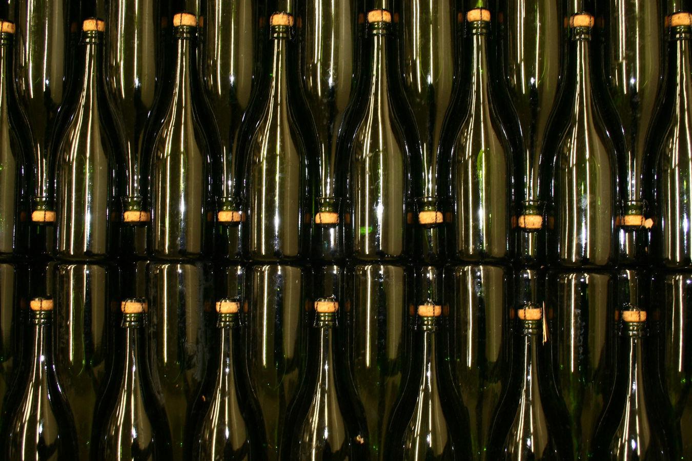 1012 argyle winery brut bottles 041 nml9zl