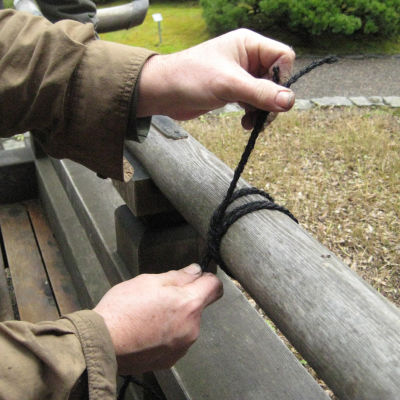 Knot tying detail ssjh3g