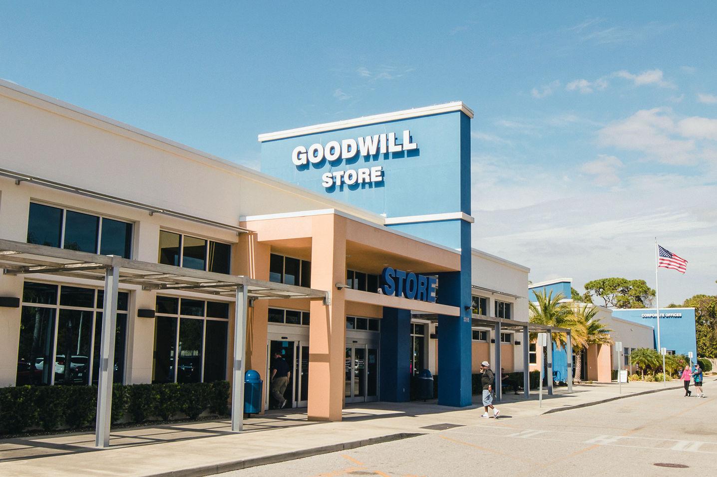 Goodwill Manasota Opens New Bargain Barn Location ...