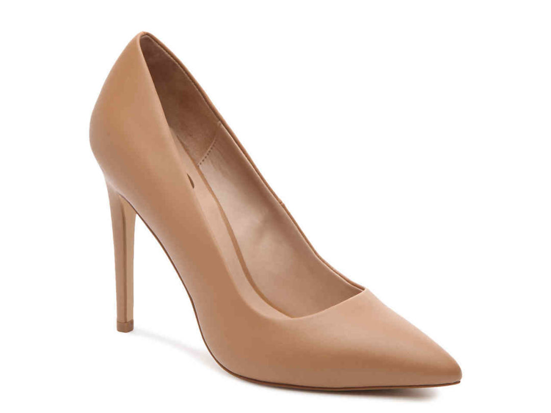 a627999436b Send Nudes  Why Skin-Tone Heels Are a Girl s Best Friend