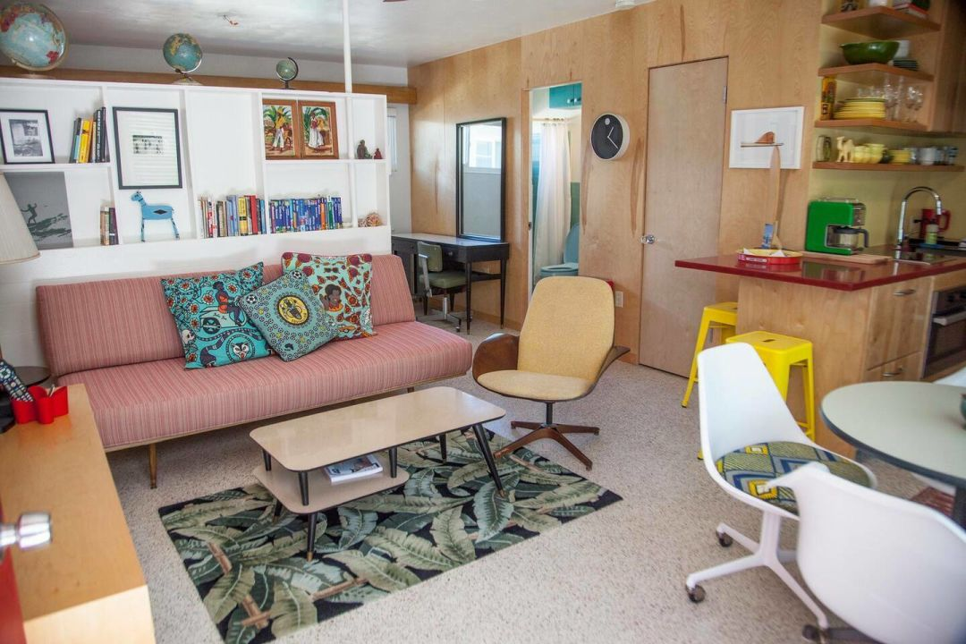 The Lido Beach House Retro Studio is colorful and cheerful.