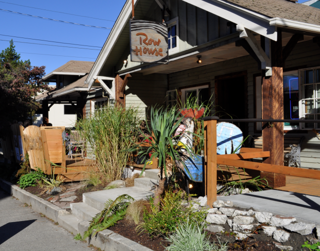 Row House Cafe Is Building A New Bar Seattle Met