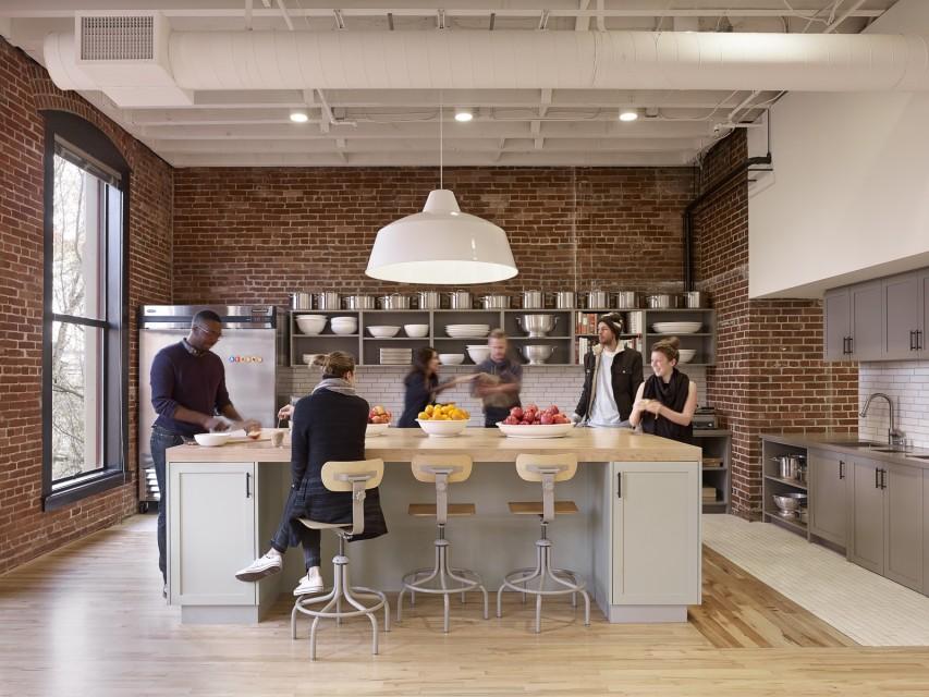 Bora Architects Designed Airbnbu0027s CX Hub To Feel Like Home.