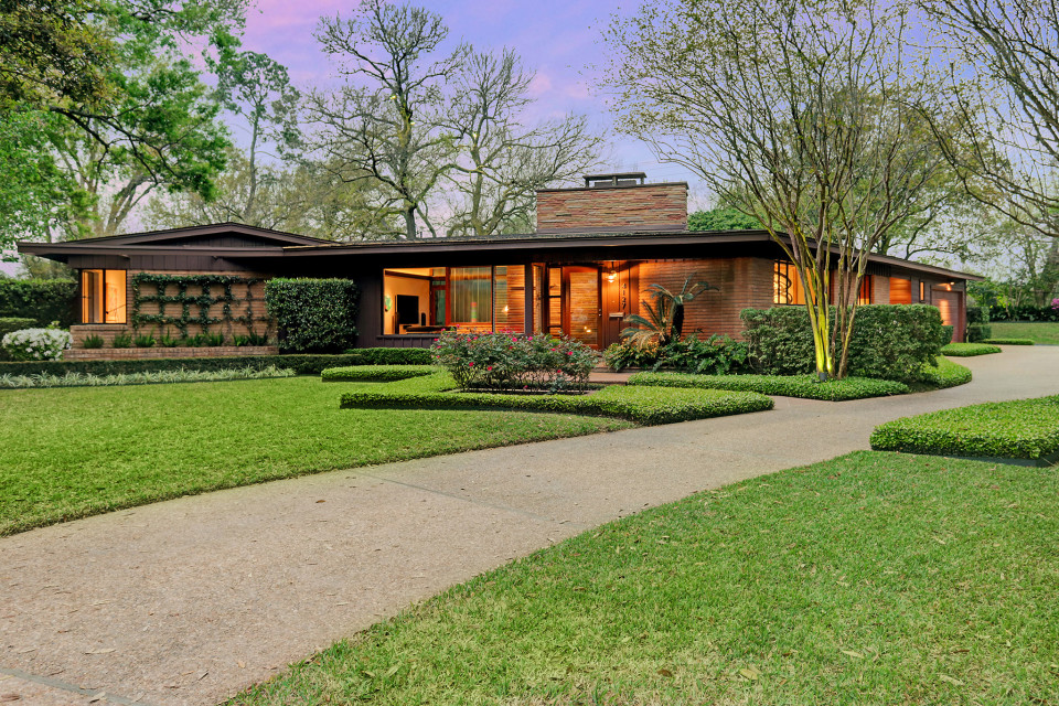 Peek Into The Midcentury Modern Masterpiece That Just Hit The