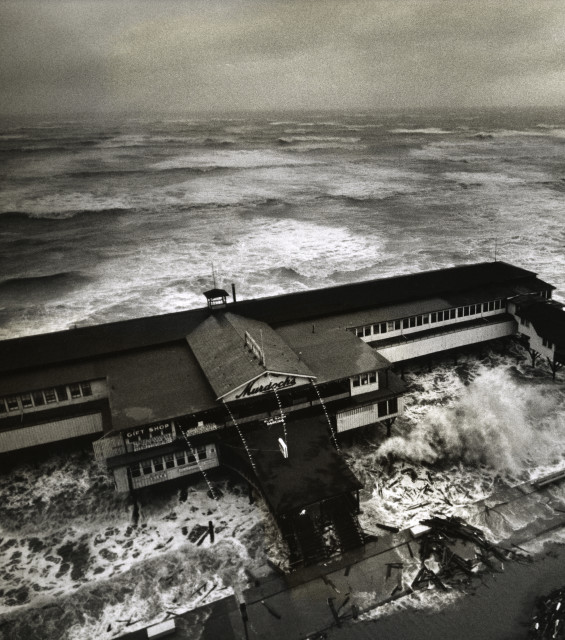 Stormy Weather For Public Libraries And >> A Century Of Stormy Weather In Photos Houstonia