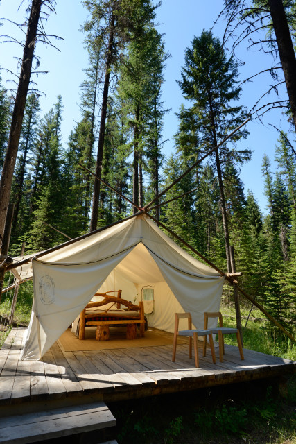 A Remote Mountain Lodge Reopens in Oregon's Eagle Cap