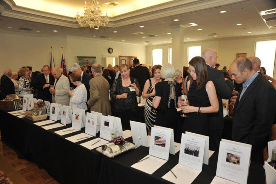 A Bohemian Rhapsody: Houston Chamber Choir Gala Honoring Dr