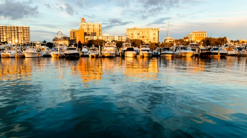 Colleen laughlinc  boats sunset bayfront resize ddsbgz