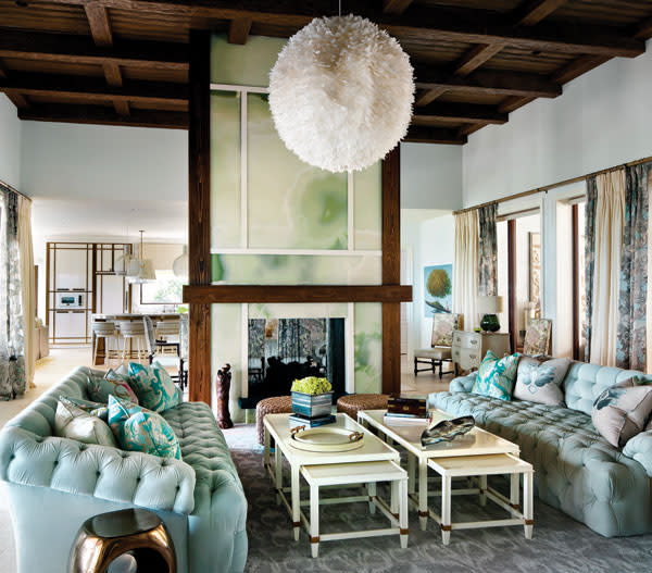 Family room hqr7zy